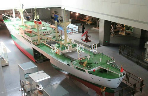 Large Model of Dongfeng Ship